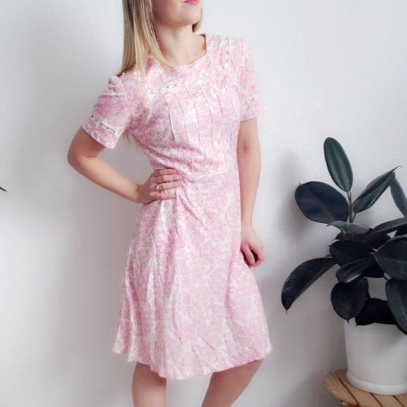 Vintage Dresses & Skirts - Vintage Handmade Pink Lace Fit/flare Shirt Dress